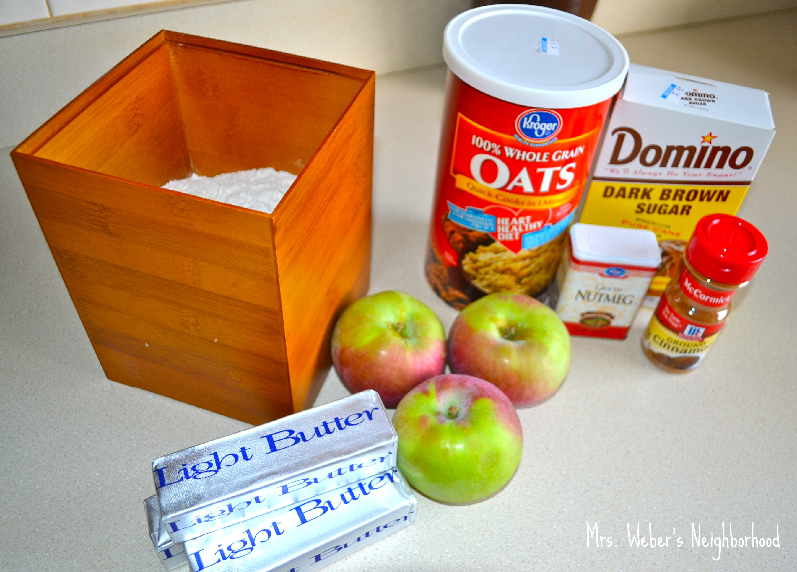 Easy apple crisp mrs weber 39 s neighborhood for Easy apple dessert recipes with few ingredients