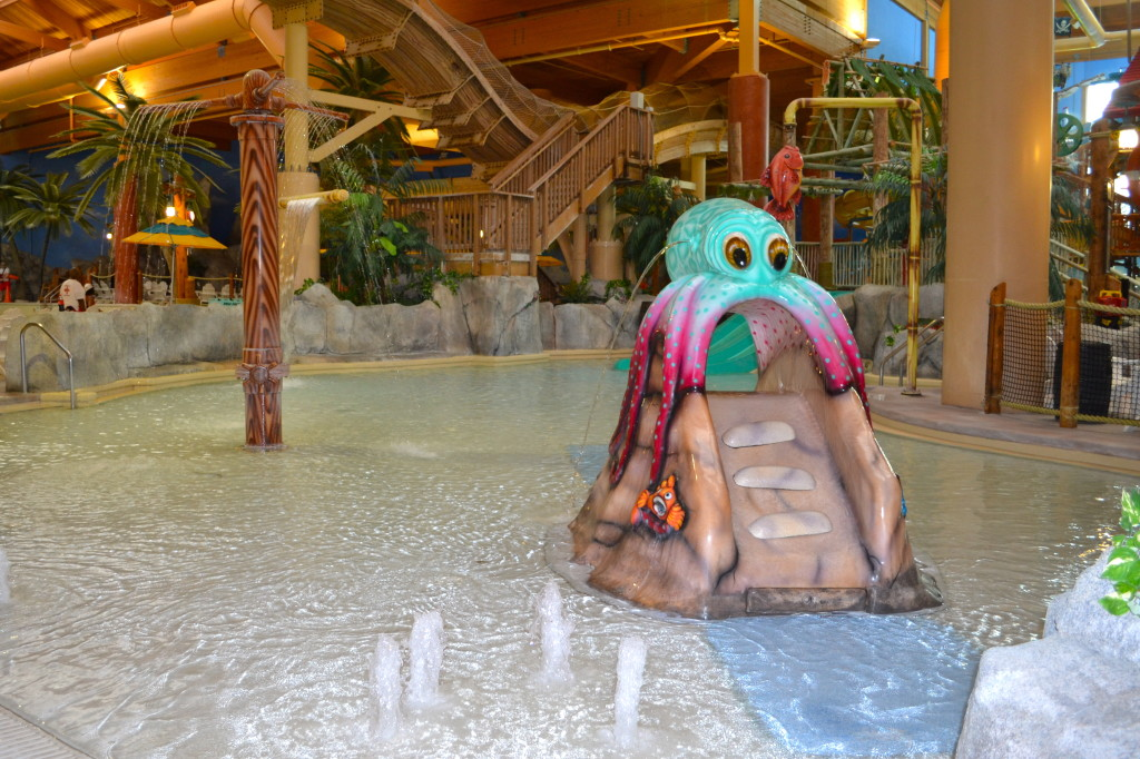 Castaway Bay Toddler Pool