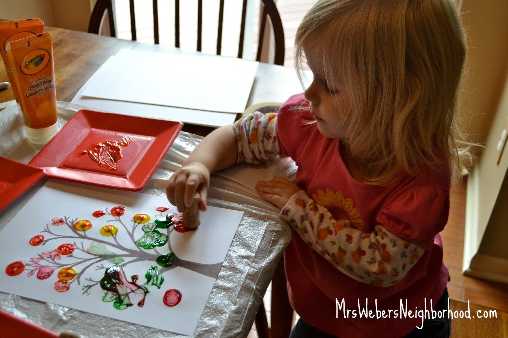 Fall Crafts for Preschoolers4