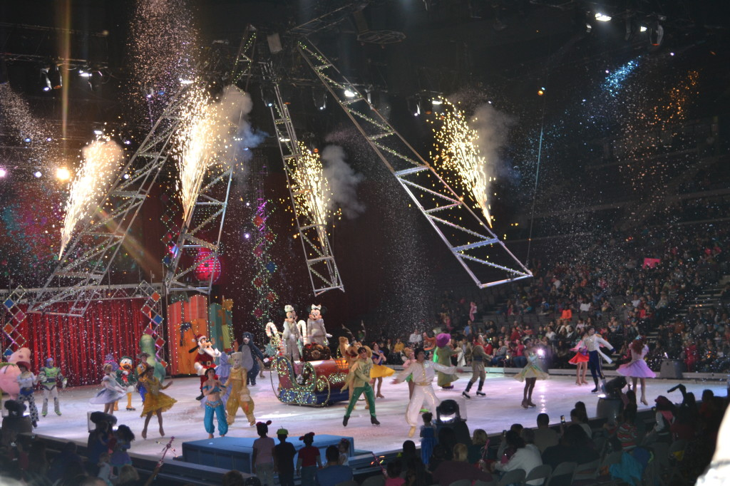 Disney On Ice - Final Scene