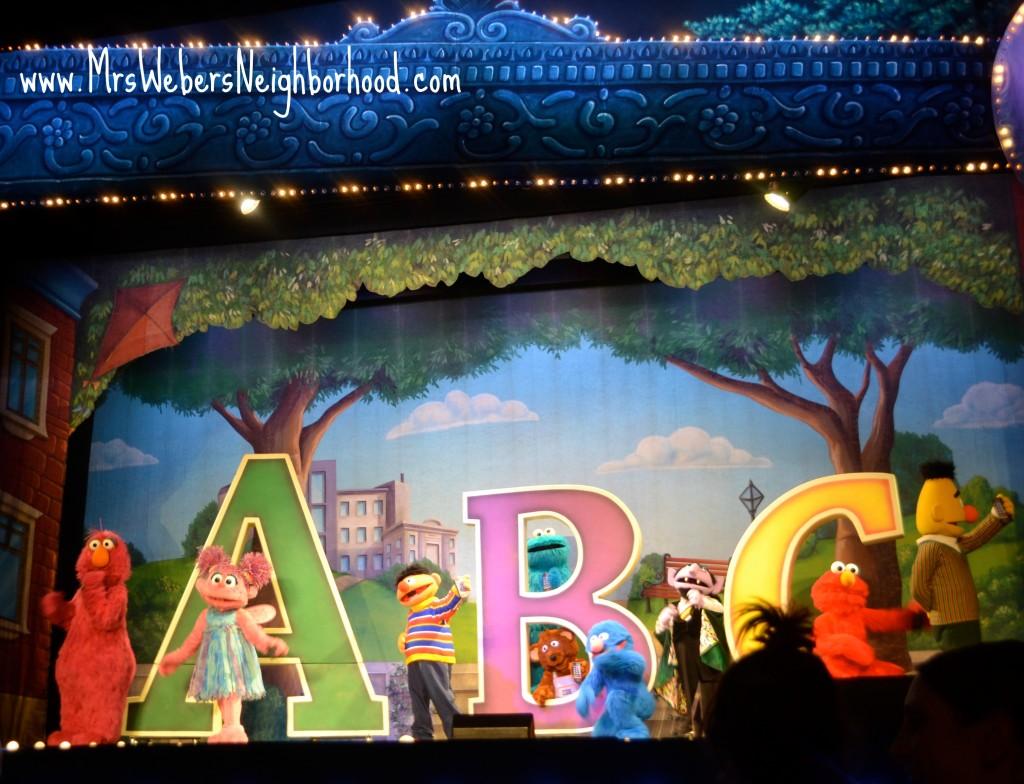 Sesame Street Live - ABCs