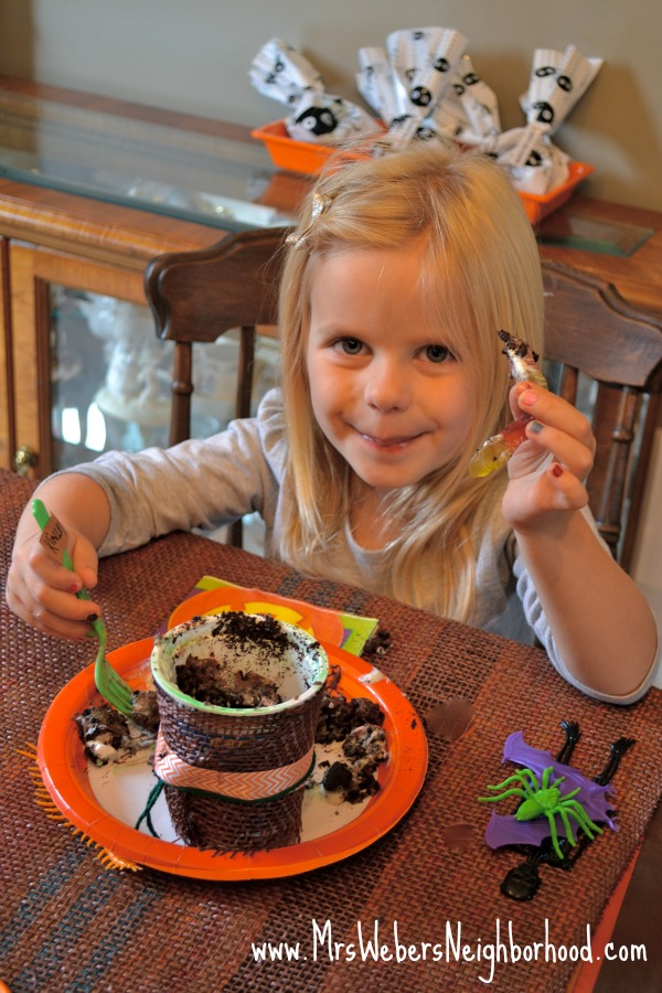 KInley and Pumpkin Dirt Cups