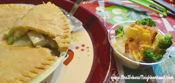 Comfort Food Bar Pot Pies and Mashed Potatoes