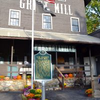 tom-walkers-grist-mill-parshallville-cider-mill